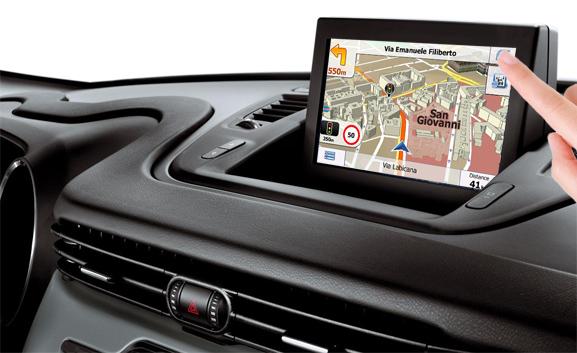 navigatie auto cu gps pentru alfa romeo giulietta