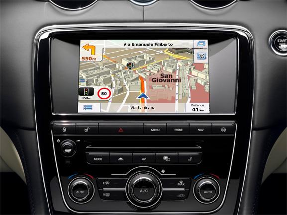 navigatie auto cu gps pentru jaguar si range rover