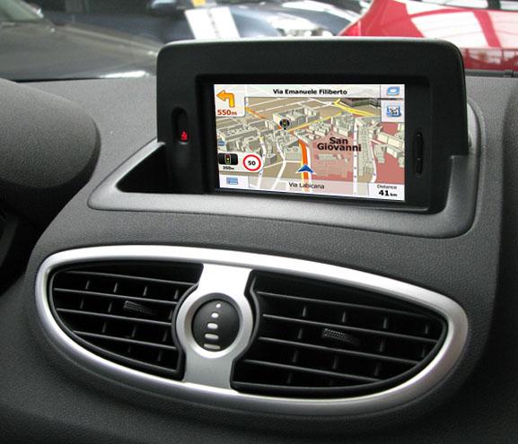 navigatie auto cu gps pentu renault tomtom
