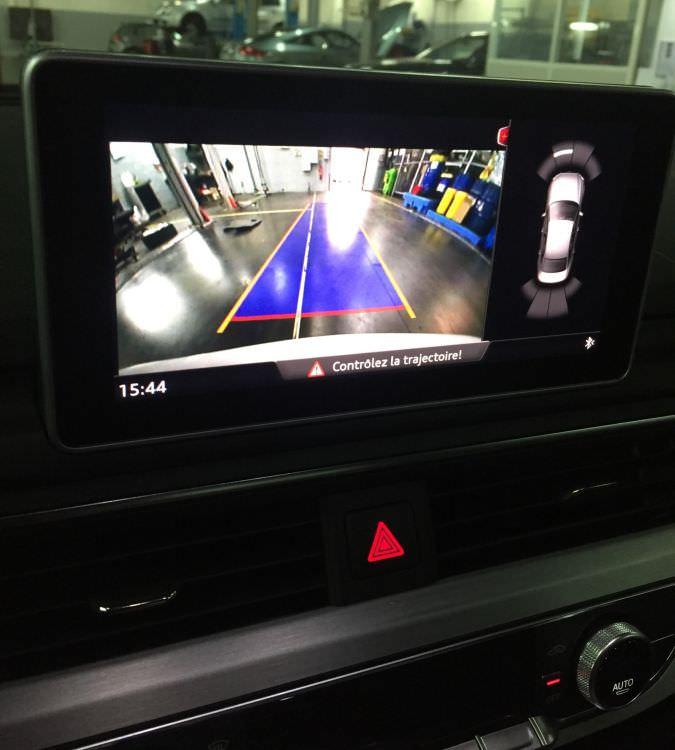 conectare camera video auto audi q7 si a4