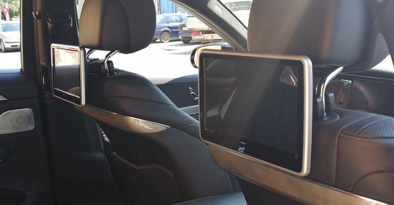 tetiera travelmate10 cu ecran led de 10 inch